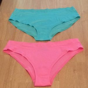 Victoria Secret Hiphugger & Low-Rise Cheeky Pantie